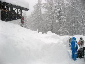 ブルで除雪