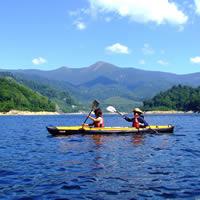 奈良俣湖でカヌー!!涼しさと静寂、時には魚達も!!