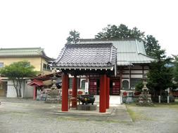 茂左衛門地蔵尊の本堂